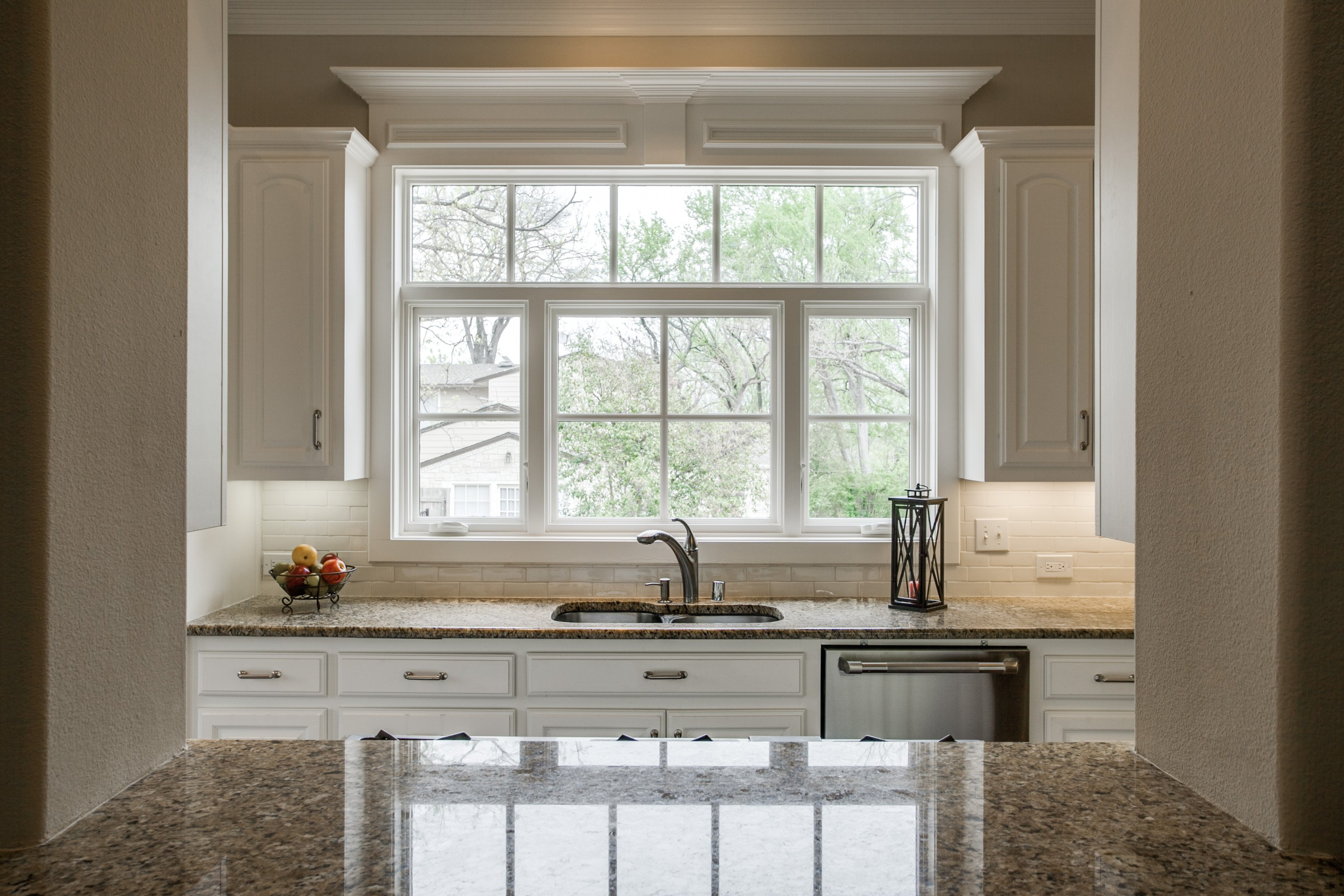 Kitchens with a Bright View