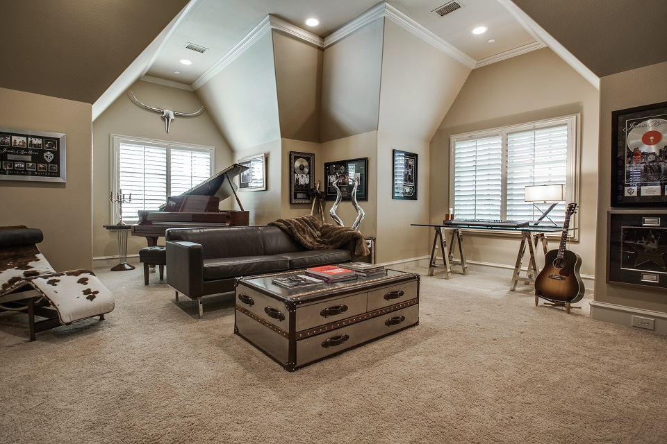 1724-wisteria-way-westlake-tx-High-Res-38