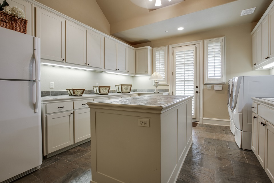 1724-wisteria-way-westlake-tx-High-Res-42