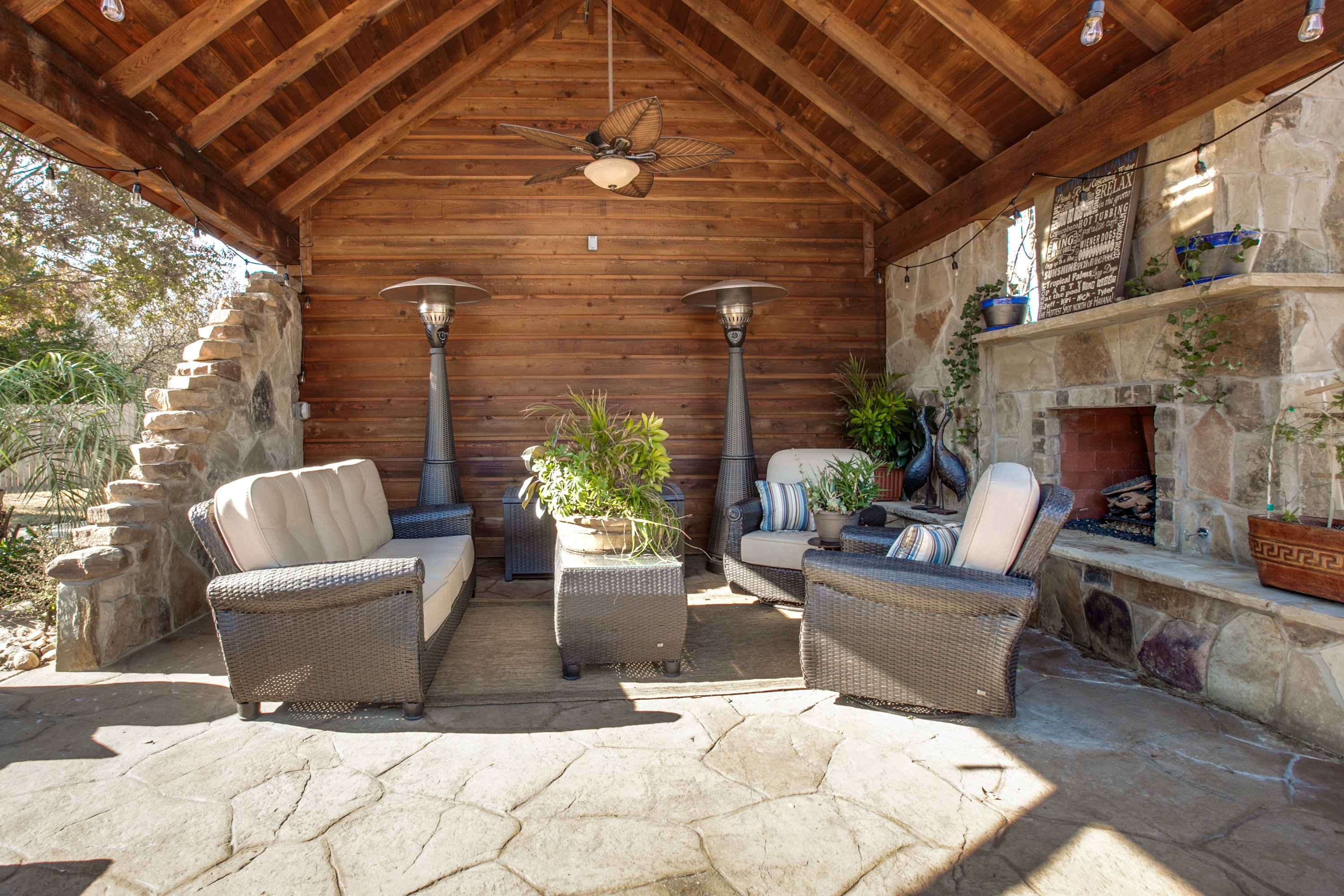 Fresh Listing Friday: Spectacular Spaces