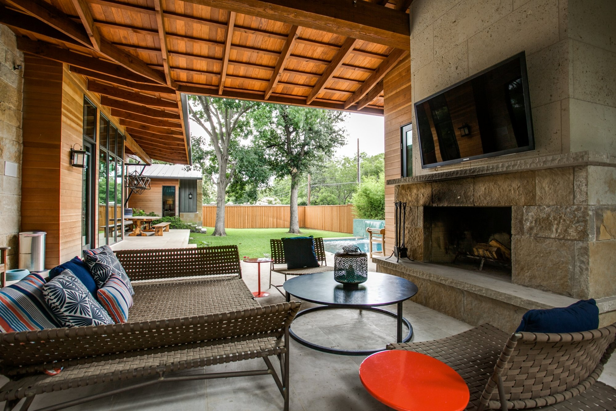 Feature We Love: Covered Outdoor Entertaining