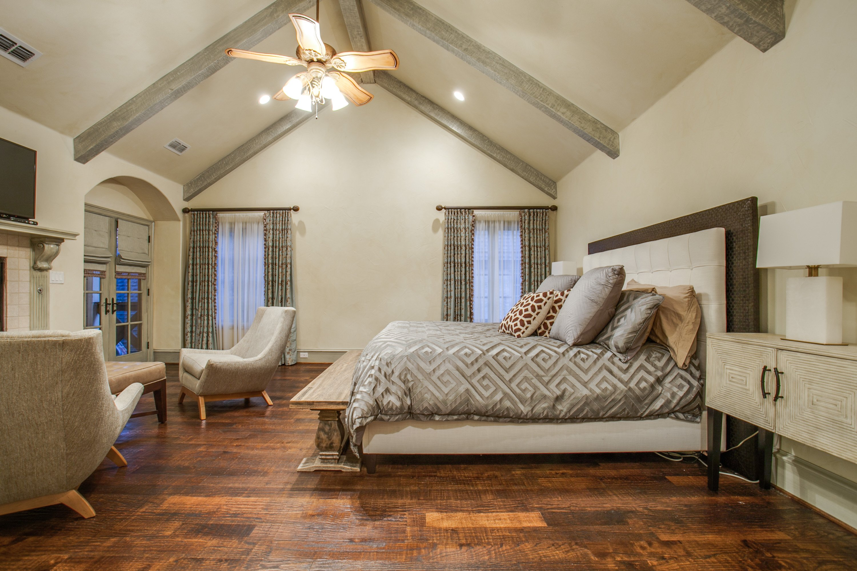 Love Where You Live: Master Bedroom
