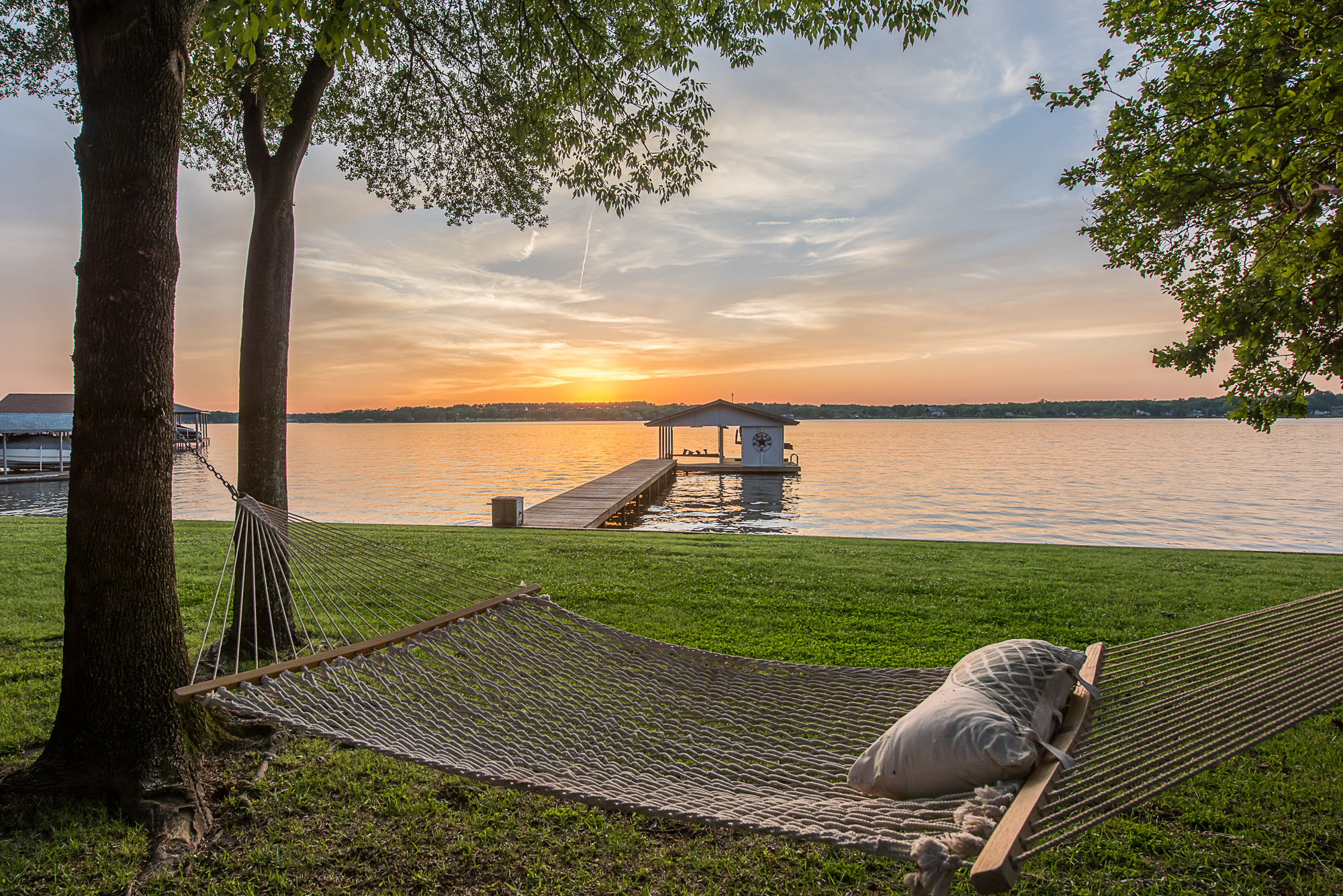 Fresh Listing Friday: Convenient Lakeside Retreat