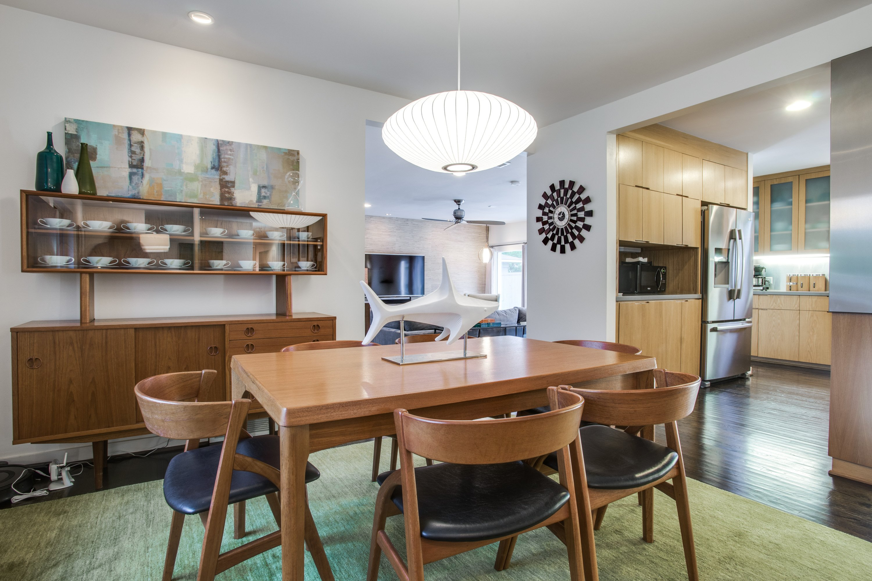 Fresh Listing Friday: Mid-Century Marvel