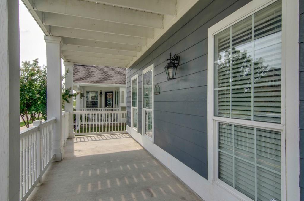 Feature We Love: Front Porches