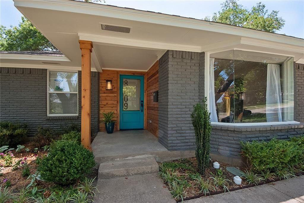 Fresh Listing Friday: White Rock Cottage