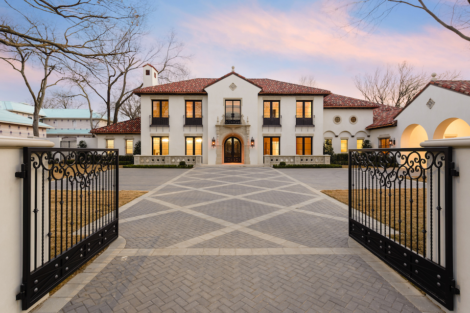 Market Your Luxury Home to the World