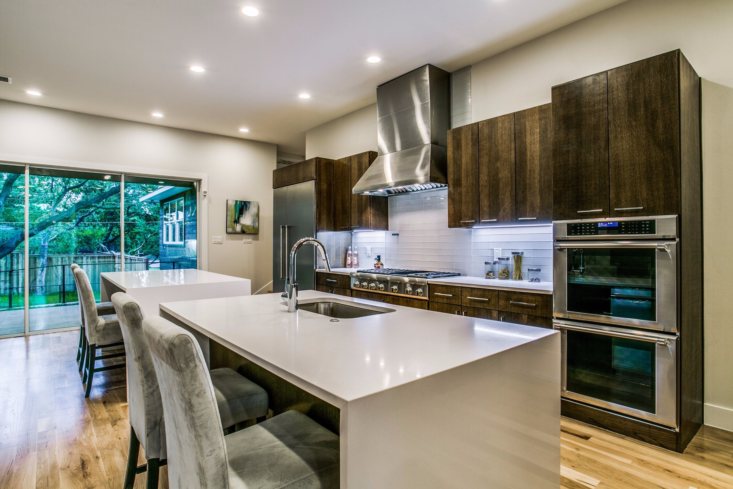 7723 midbury kitchen