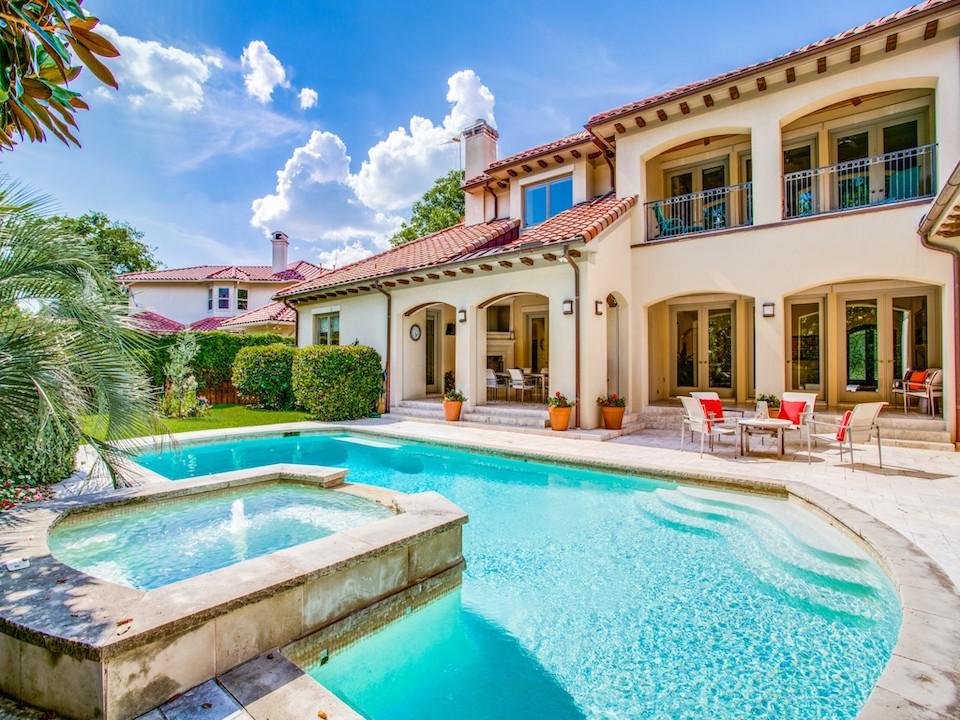 Gorgeous backyard pool at 6146 Park Lane in Preston Hollow, Texas.
