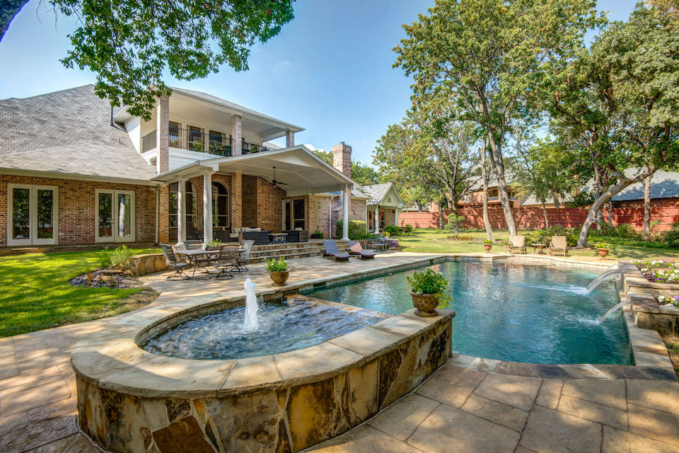 Incredible backyard pool at 1310 Noble Way in Flower Mound, Texas.