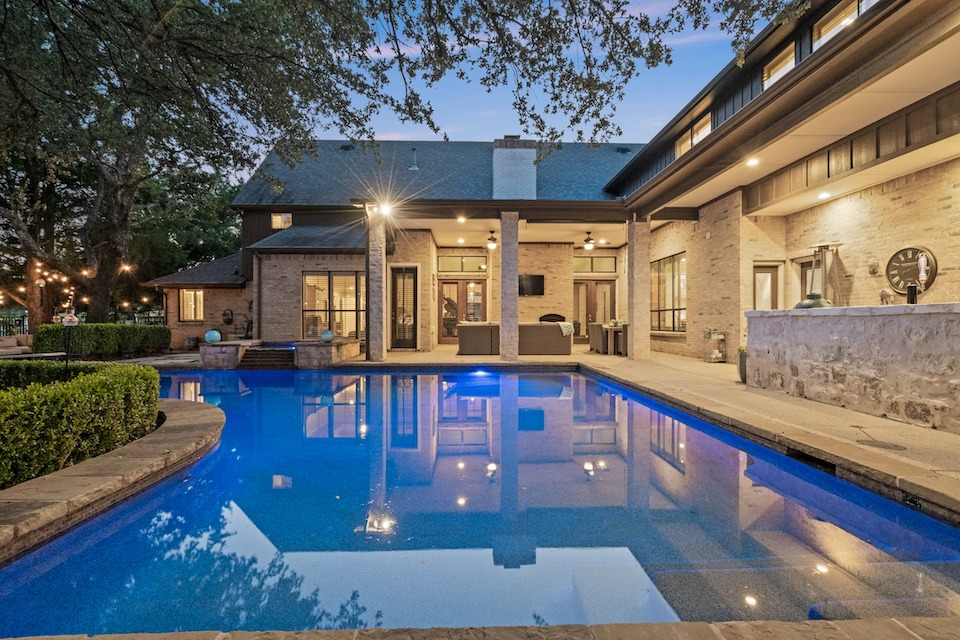 Backyard with pool at 3007 Ridgecrest Drive in Southlake, TX