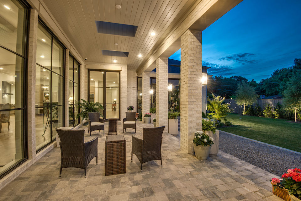 Patio at 4611 Bobbitt Drive in Dallas, Texas