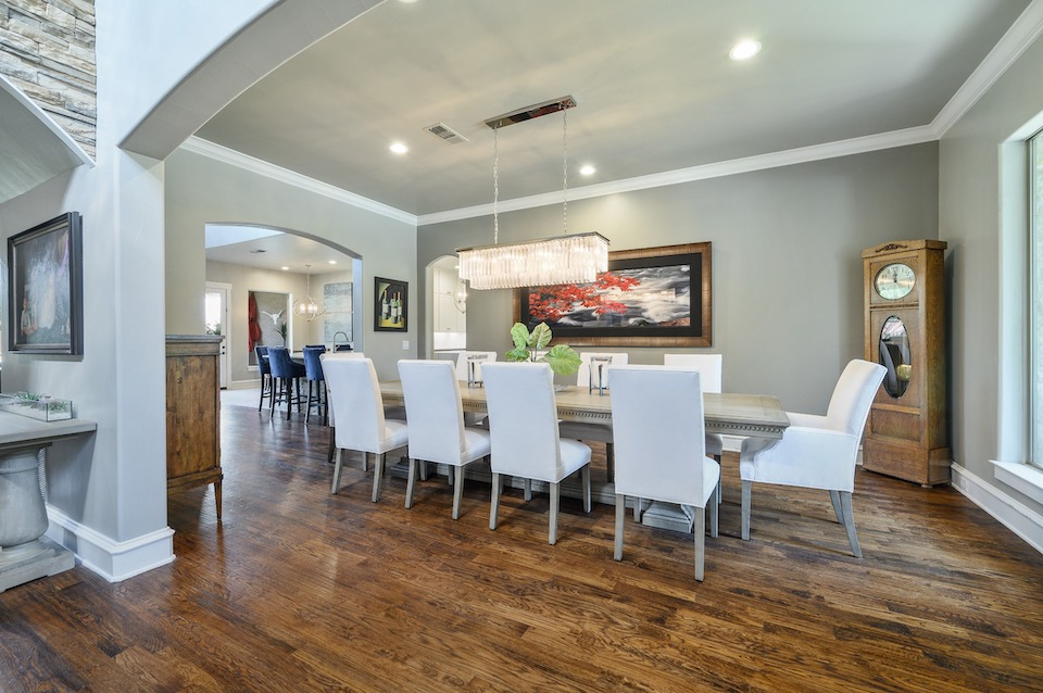 Dining room at 6633 Canyon Oaks Circle in Plano, Texas