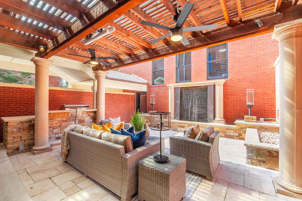 Patio at 1506 Main Street in Southlake, Texas