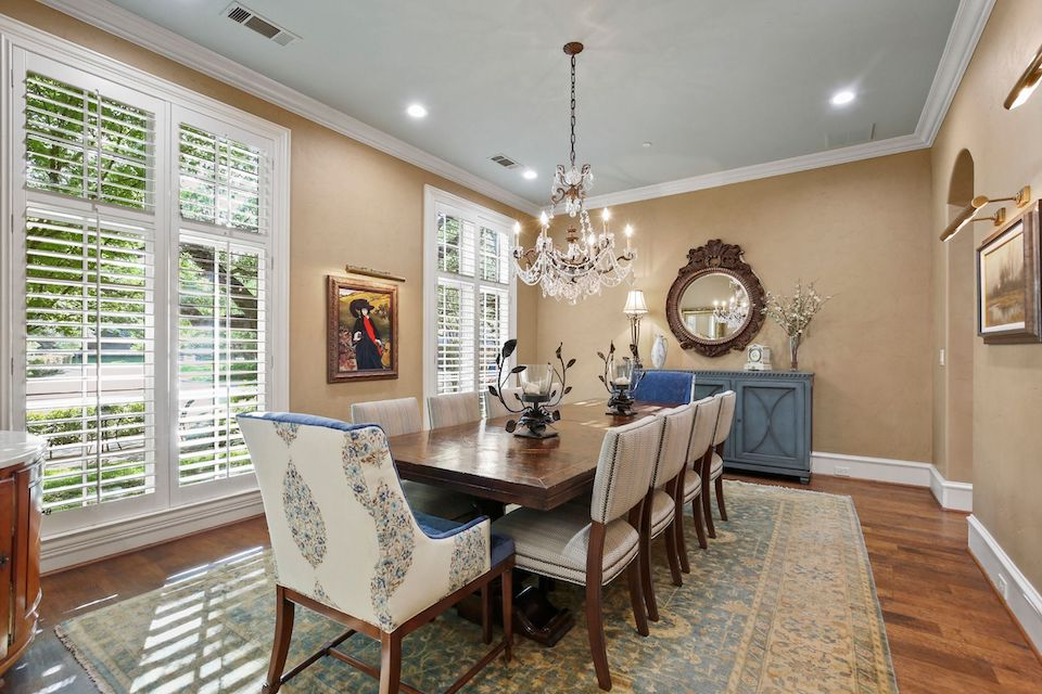 Home at 5818 Club Oaks Court in Dallas, Texas